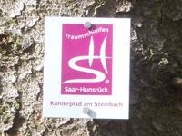 Markierung Köhlerpfad am Steinbach